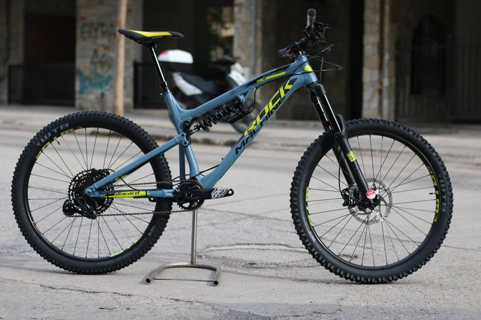 ROCK MACHINE MANHATTAN 90-27   2019 | BikesAndRoses.gr